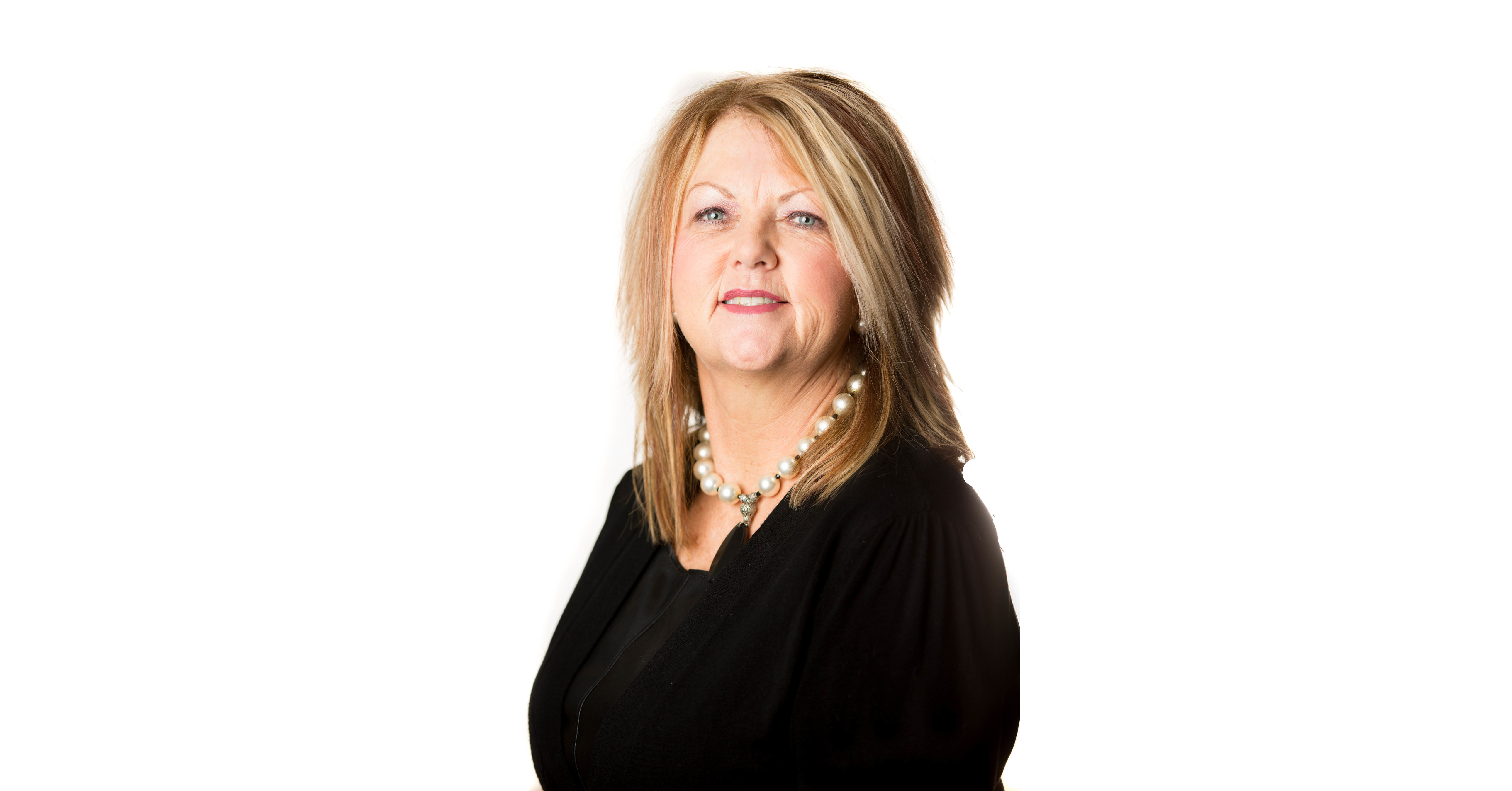 Lou Ann Jones is recognized by Continental Who's Who