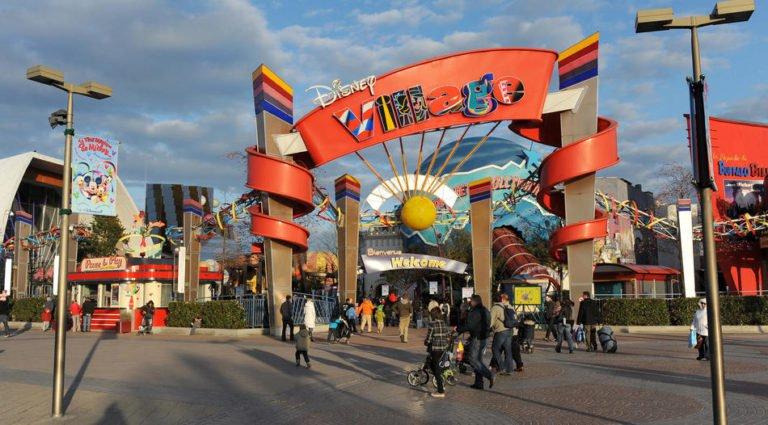 ", Mass Panic during Disneyland Paris ""Terror Attack"" Today, World News | forimmediaterelease.net"