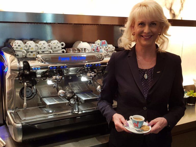 , eTN Hero: Cordelia Igel, team leader at Vox Restaurant, Grand Hyatt Hotel Berlin, World News | forimmediaterelease.net